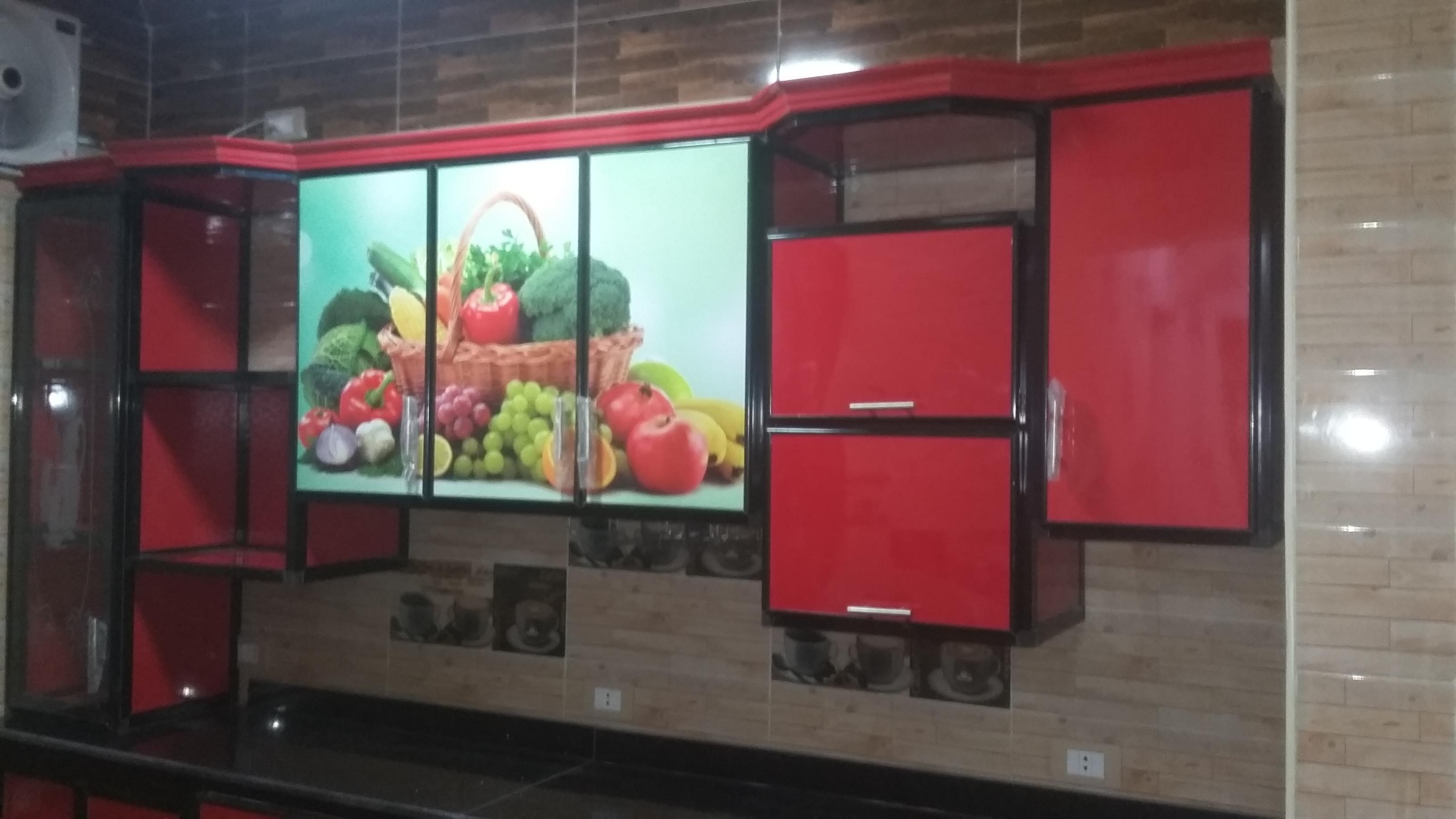 مطبخ الوميتال اسود و احمر